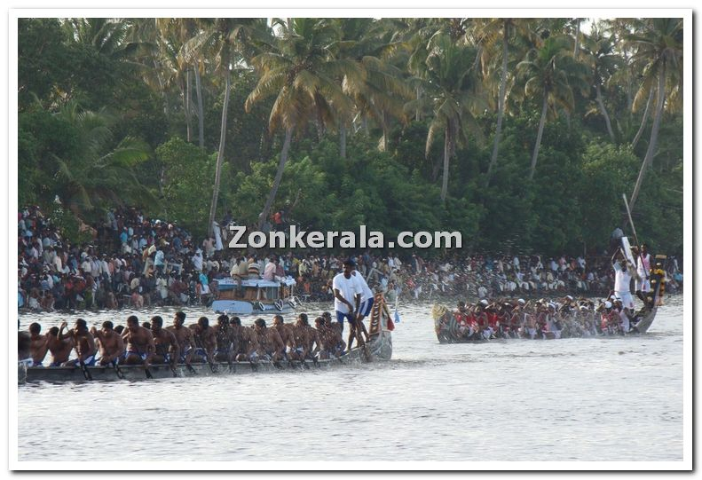 Boats at nehru trophy 14