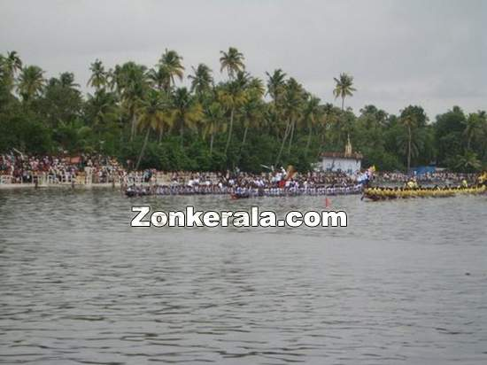 Nehru trophy boat race still 4