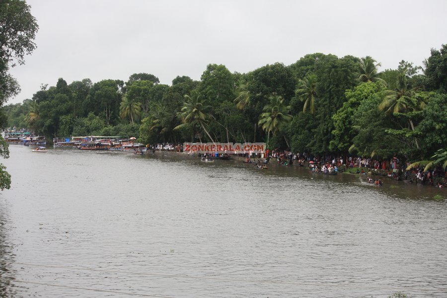 Payippad boat race 2012 pictures 4