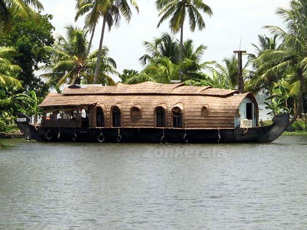 Houseboat 6021