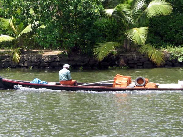 Smallboat 6024