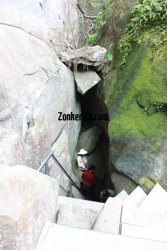 Entry to rocks of edakkal caves 663