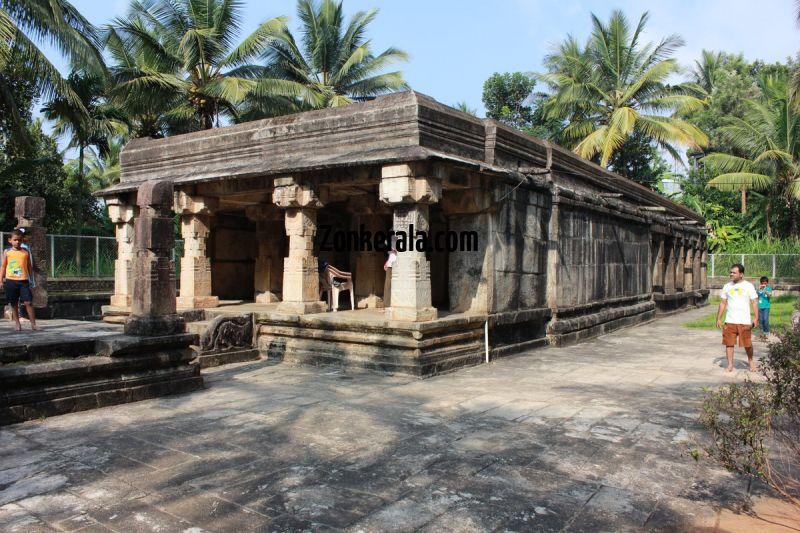 Main mandapam at jain temple sulthan bathery 536