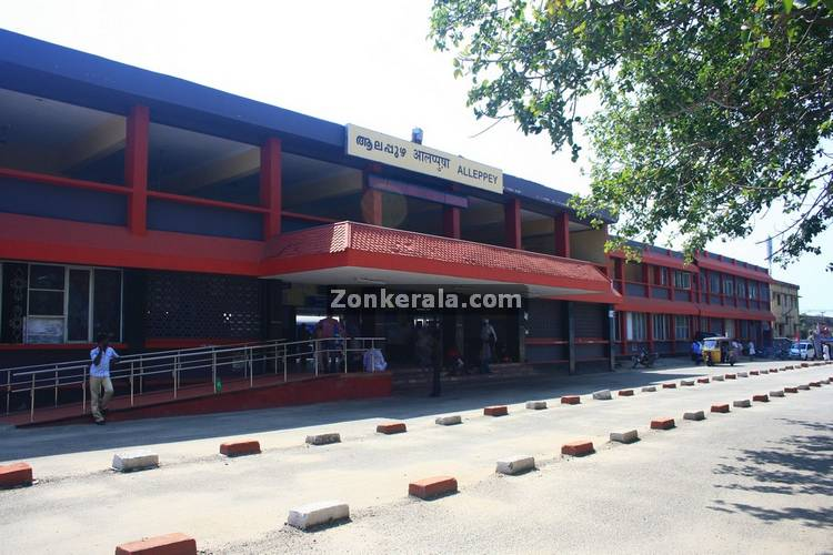 Alappuzha railway station picture1