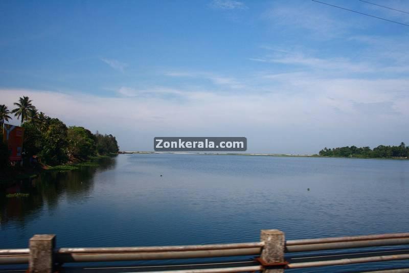 Thottappally spillway near alappuzha 1