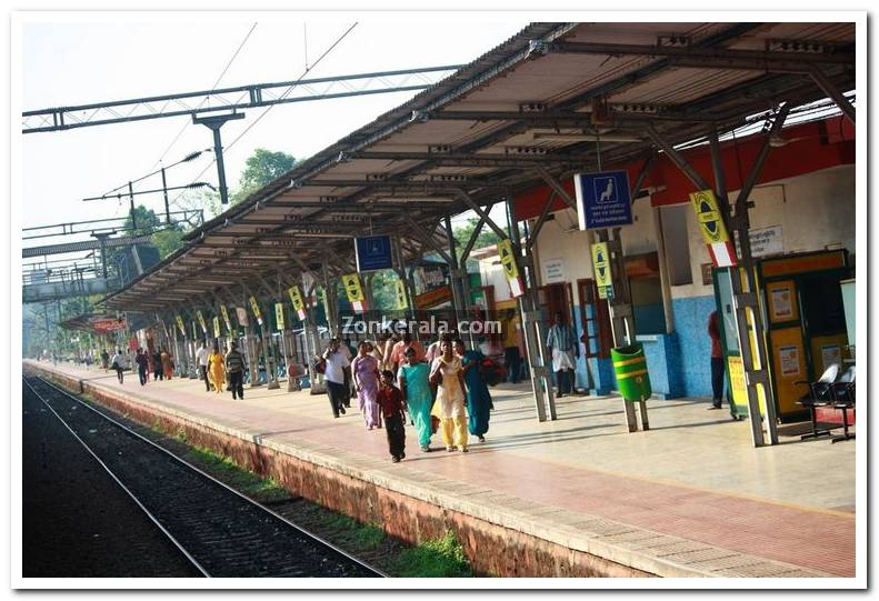 Changanassery railway station picture 1