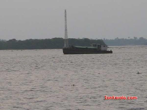 Vembanad lake 4195