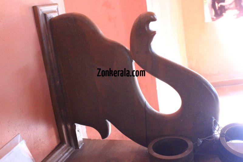 Konni elephant museum 708