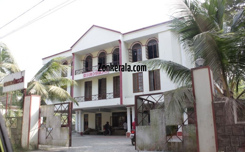 Deshabhimani newspaper office kottayam 353