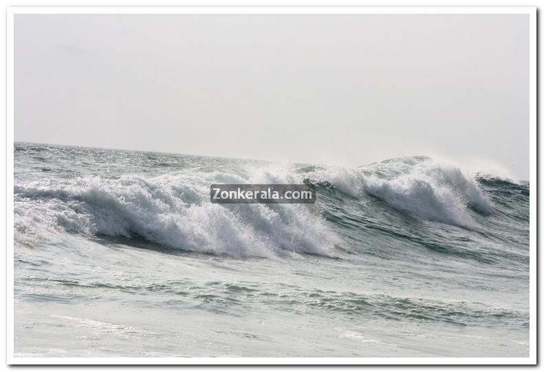 Sea at kovalam photos 13