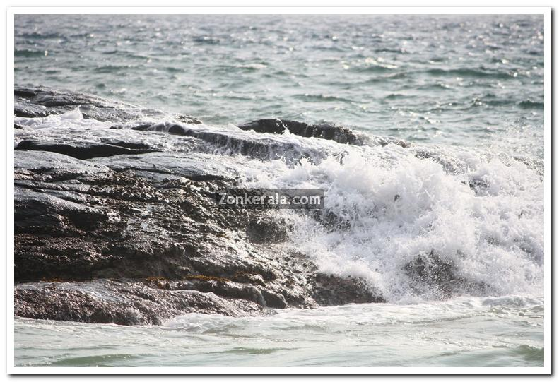 Sea at kovalam photos 6