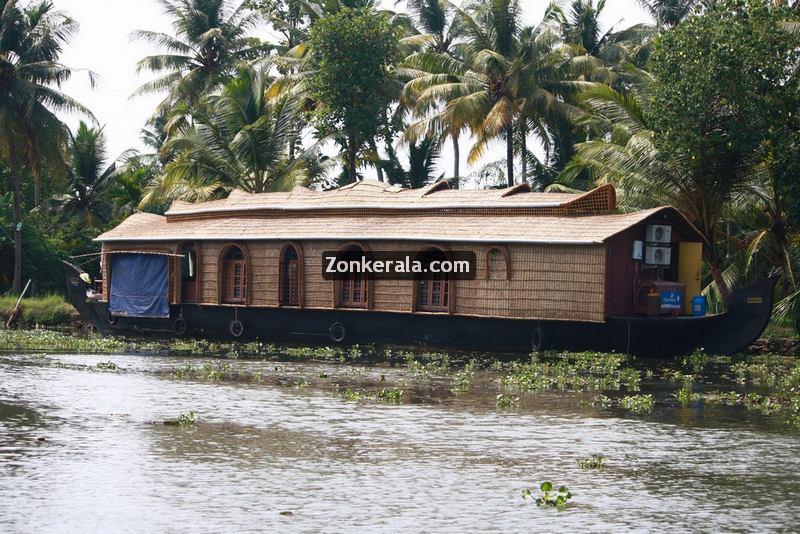 Kumarakom house boat photos 16