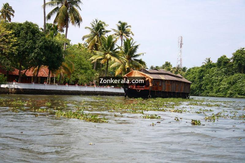 Kumarakom house boat photos 5
