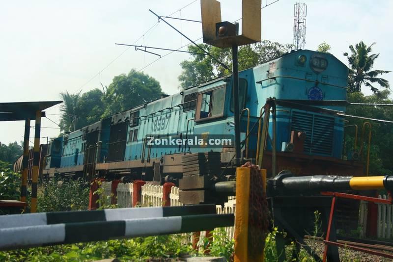 Haripad railway level cross 2