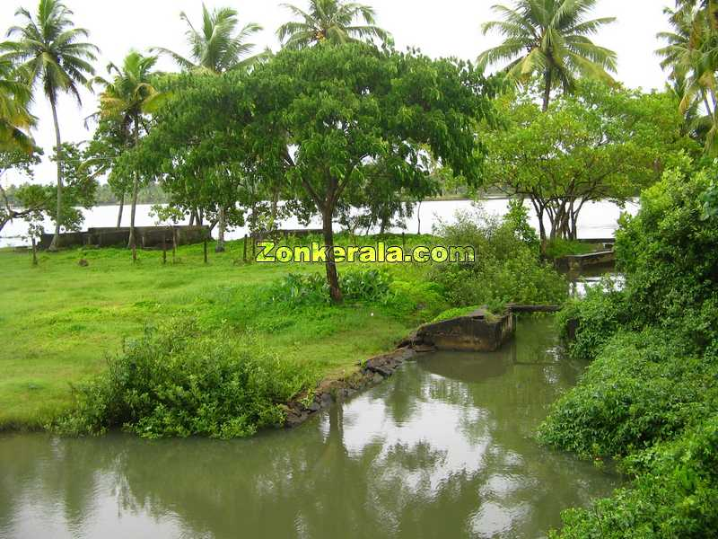 http://www.zonkerala.com/gallery/kerala/nature/natural-beauty-of-kerala.jpg