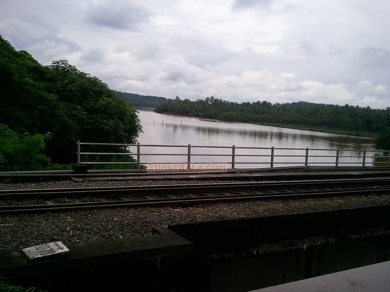 Kerala river photo