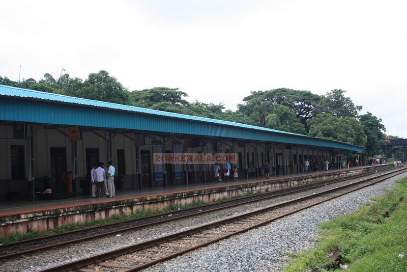 Thalassery railway station photos
