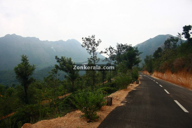 Enroute to ponmudi 9