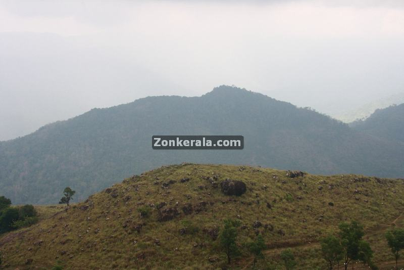 Ponmudi hilltop photos 10