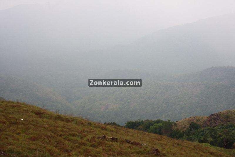 Ponmudi hilltop photos 9