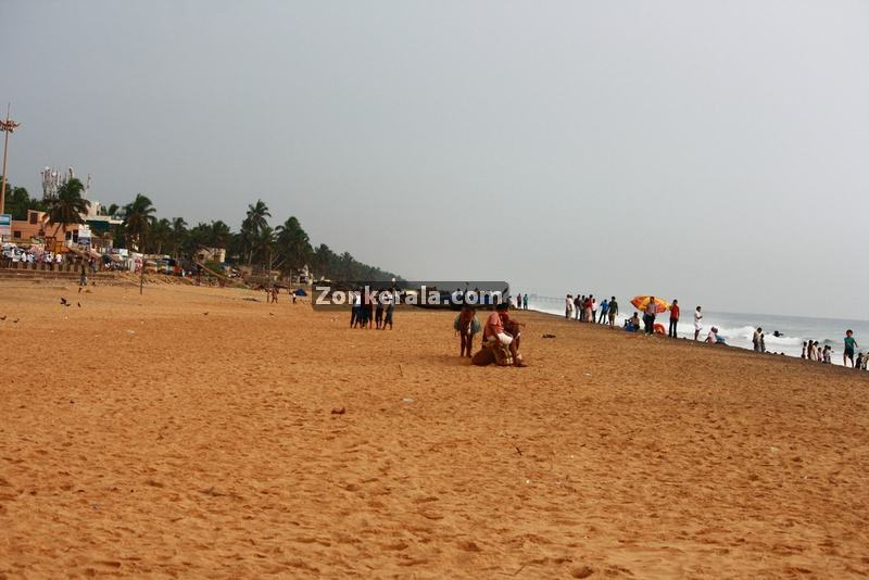 Shanghumugham beach photo 2