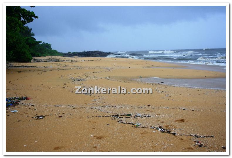 Thalassery beach photo 2