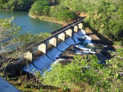 Thenmala dam 2734