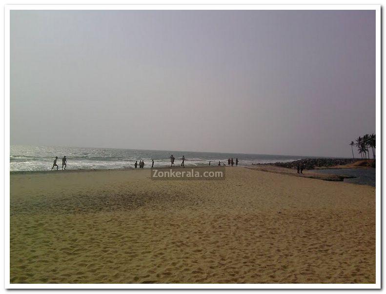 Varkala papanasam beach photo 7