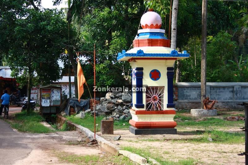 Thevarodathu mahavishnu temple haripad 4