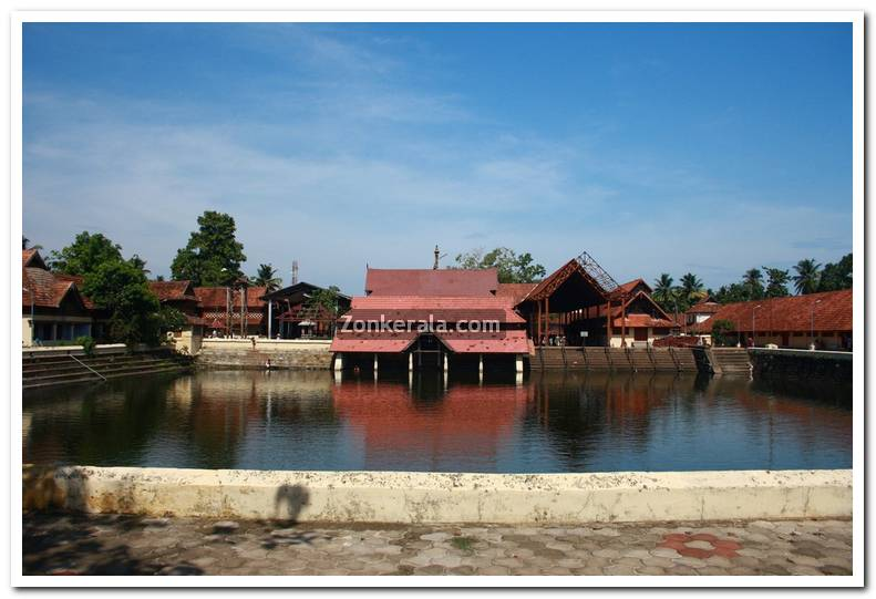 Ambalapuzha temple stills 9