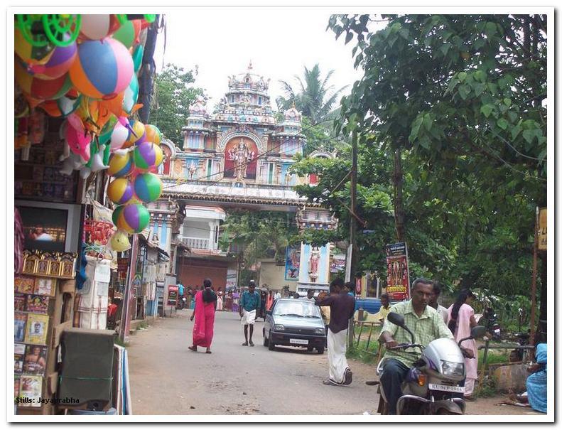 Chakkulathukavu way to temple