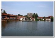 Padmanabhaswamy temple pond photo 4
