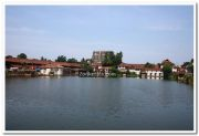 Padmanabhaswamy temple pond photo 5