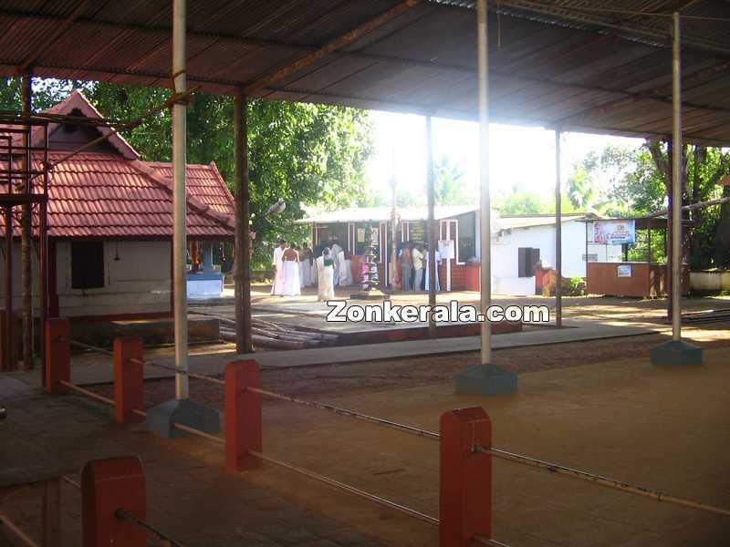 Panachikkad temple vazhipad counter