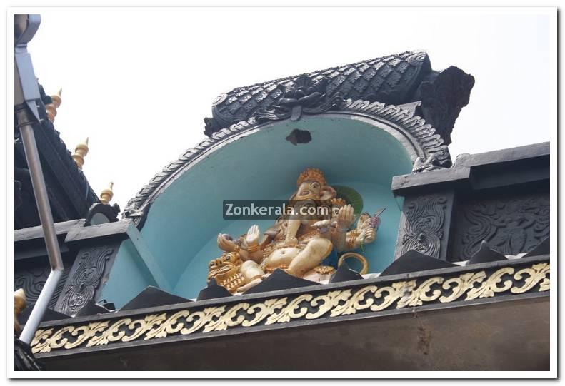 Pazhavangadi ganapthy temple photos 5