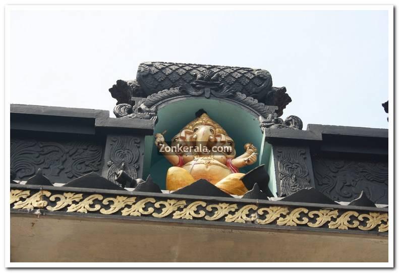 Pazhavangadi ganapthy temple photos 6
