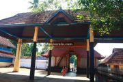 Vaikom mahadeva temple kizhakke nada 1