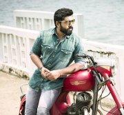 Nivin Pauly Malayalam Star Latest Wallpaper 8086