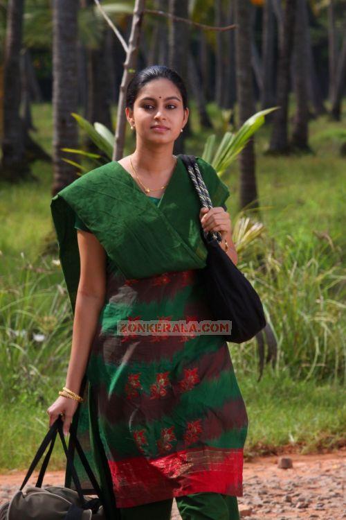 Actress Abhinaya Photos 8236