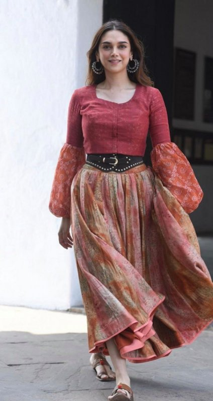 Aditi Rao Hydari Actress Latest Photo 882