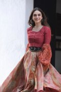 Aditi Rao Hydari Actress Latest Wallpapers 7062