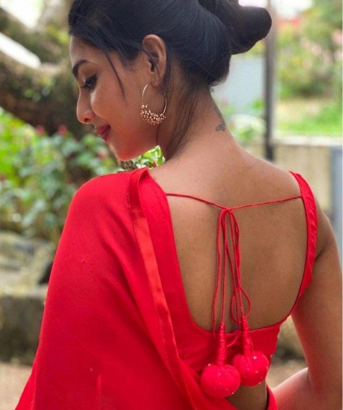 Aishwarya Lekshmi Latest Still 5694