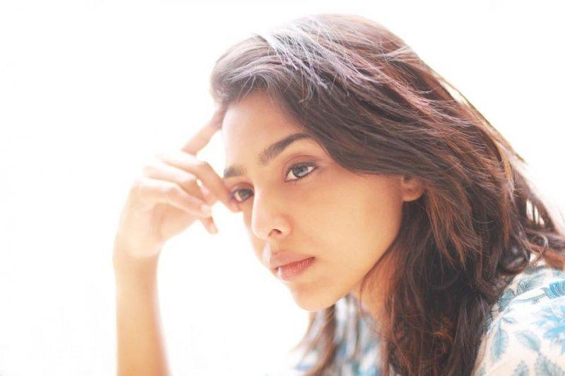Aishwarya Lekshmi Malayalam Heroine Aug 2020 Stills 9973