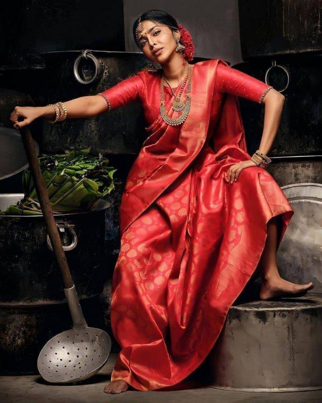 Aishwarya Lekshmi Movie Actress Still 3516