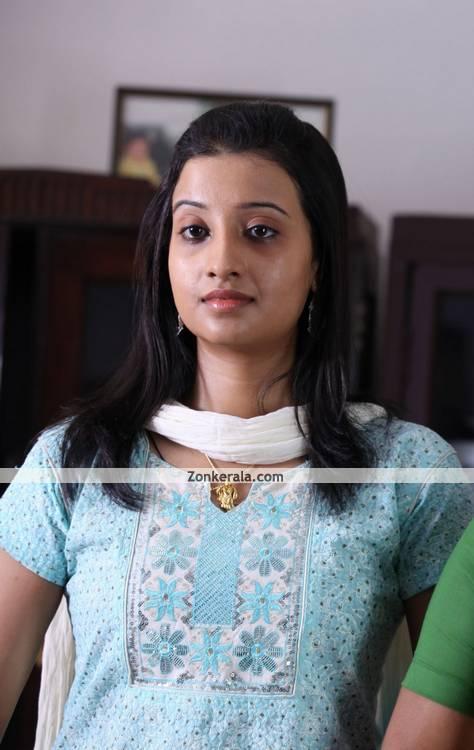 Aishwarya Muraleedharan Photo 5