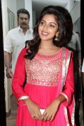 Amala Paul Stills 5410