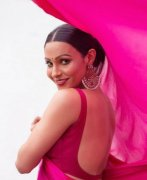 Gallery Malayalam Actress Andrea Jeremiah 7471