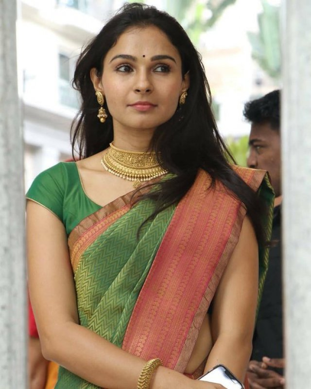 Latest Picture Film Actress Andrea Jeremiah 7561