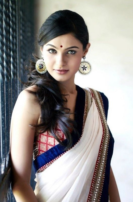 Pic Andrea Jeremiah South Actress 3875