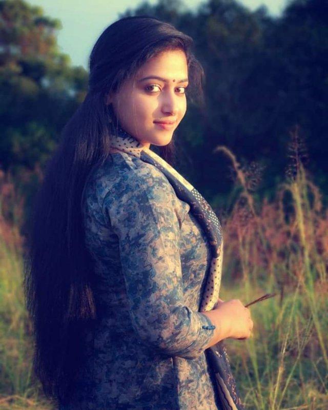 Anu Sithara Actress 2020 Albums 1624